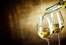 Photo of Is witte wijn wit of bleek?