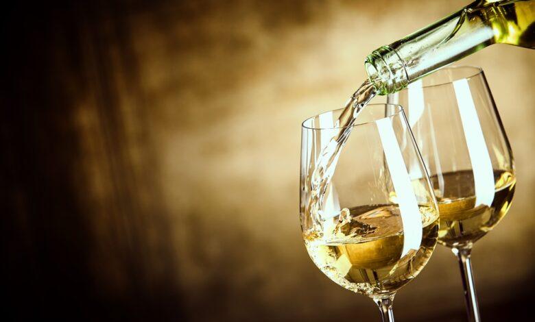 Is witte wijn wit of bleek